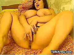 Sexy Crossdresser CD Shemale tranny plays solo with dildo