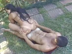 Carla outdoor fucking and getting cum in eye