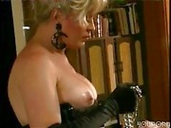 Mature tranny domination