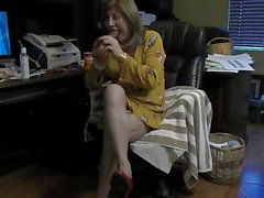 Mature crossdresser dildo show